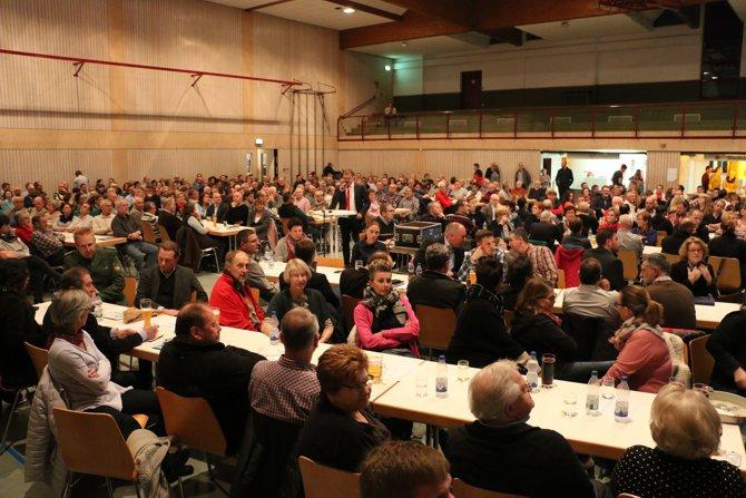 buergerversammlung_670
