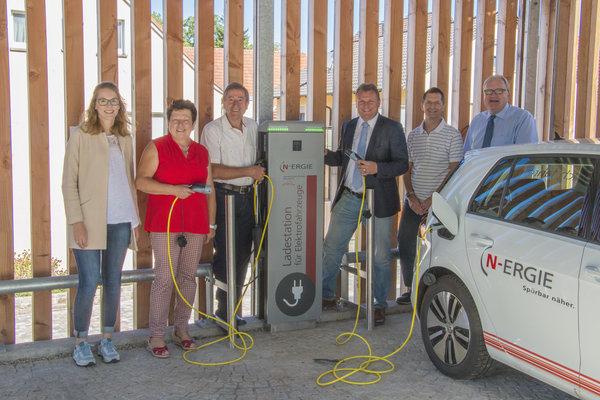 Erste Ladesäule für Elektroautos in Kürnach