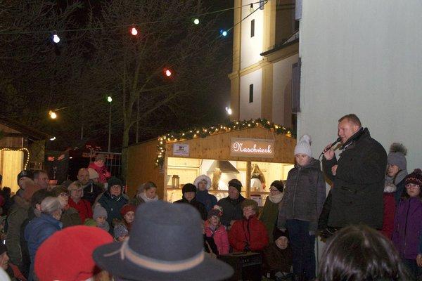 Weihnachtsmarkt-Eröffnung