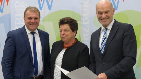 Verleihung Dankurkunde Sieglinde Bayerl