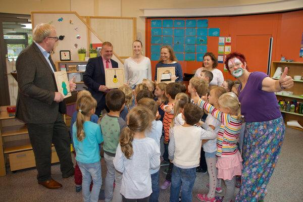 Umweltclownin besucht Kindergarten - IMG_6418