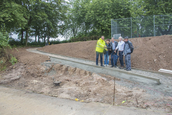 Errichtung Otto-Habermann-Brunnen-Baustellenbegang Weg