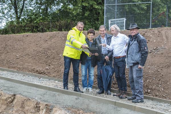 Errichtung Otto-Habermann-Brunnen-Baustellenbegang Teilnehmer
